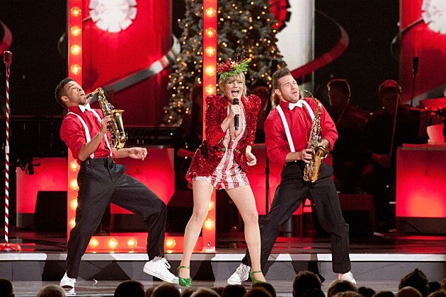 When Does the 2014 'CMA Country Christmas' Special Air?