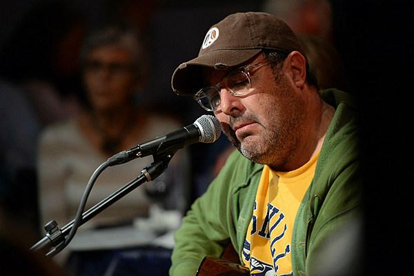 Vince Gill The Nashville Predators Newest Commentator
