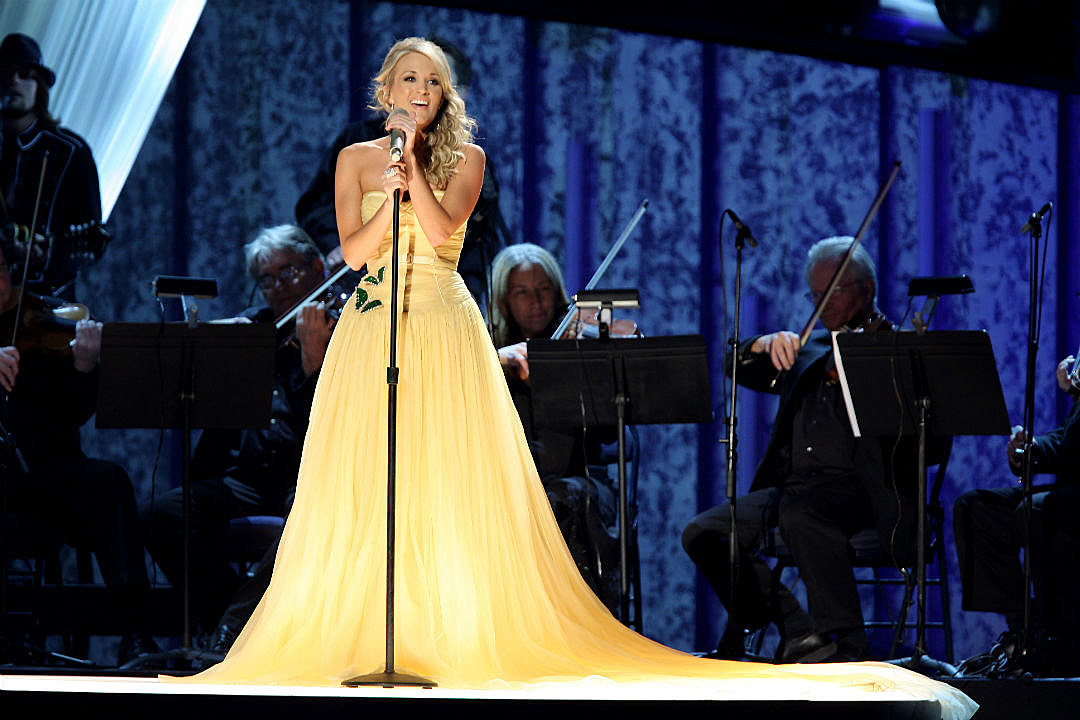 See Carrie Underwood's Best CMA Awards Looks Through the Years