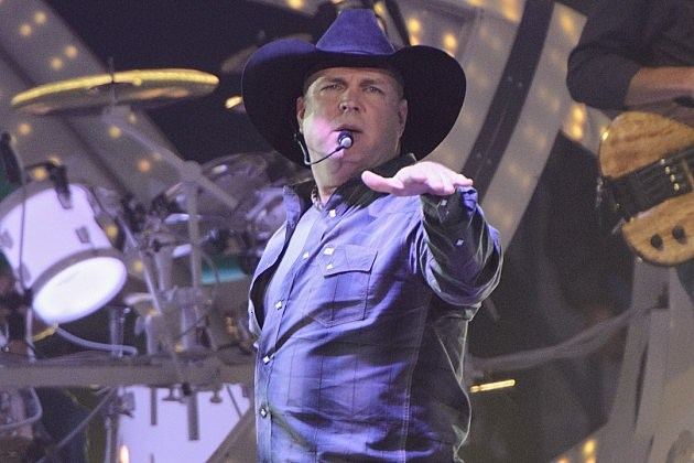 Garth brooks concert dates