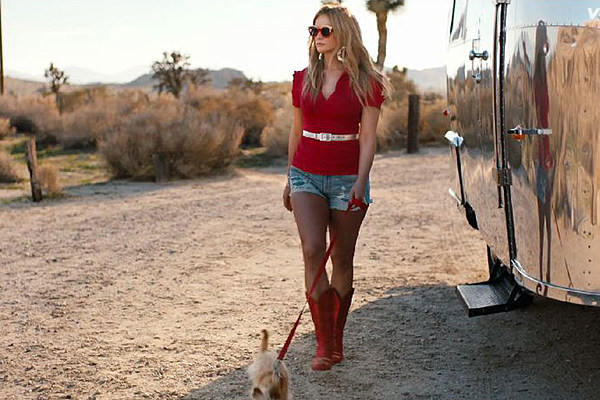 Miranda lambert sexy in her little red wagon video