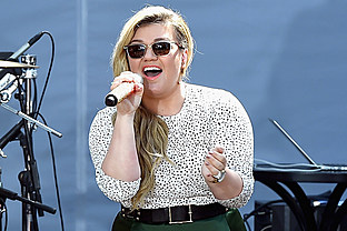 country music news-Kelly Clarkson