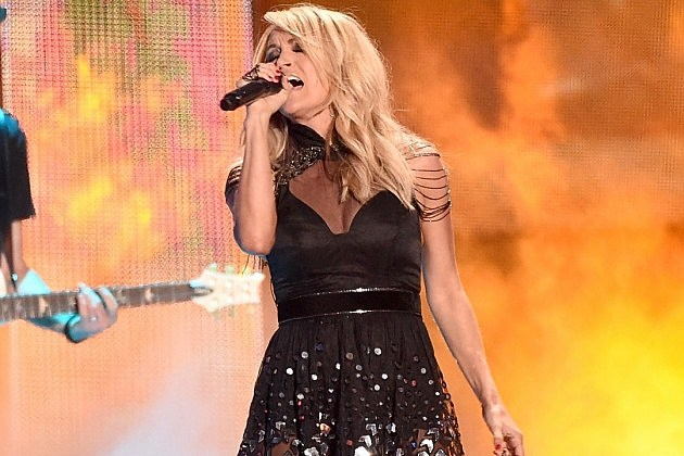 carrie-underwood-live-cmt