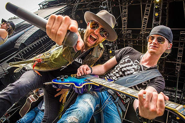 LoCash 2015 Taste of Country Music Festival