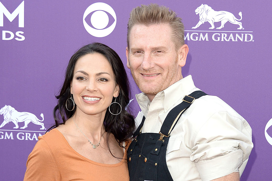 Joey + Rory Celebrate \'the Best Gift of All\' for Christmas
