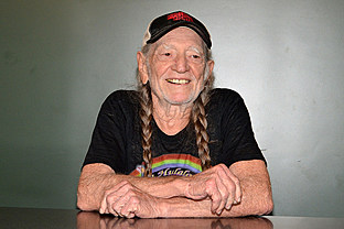 country music news-Willie Nelson