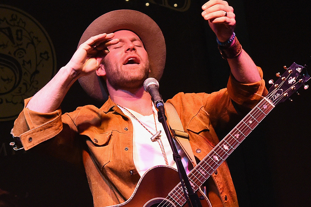 Toc Critics Pick Drake White Livin The Dream Listen