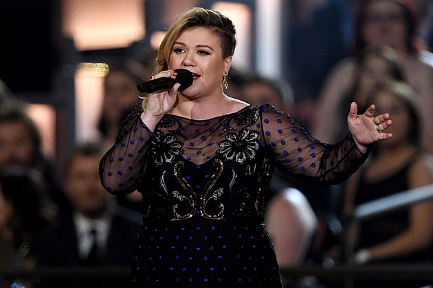 Kelly Clarkson Choose Between Idol Grammys Doctors Orders