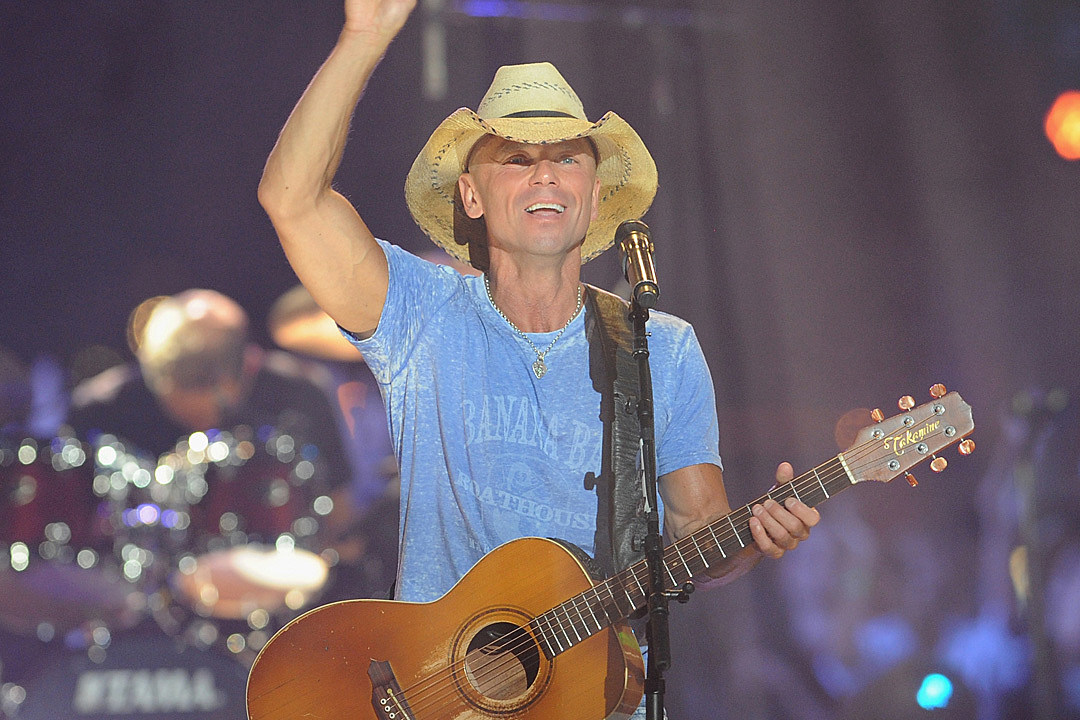 Lyric oceanfront property in arizona lyrics : Kenny Chesney Spreads the Love With George Strait Cover