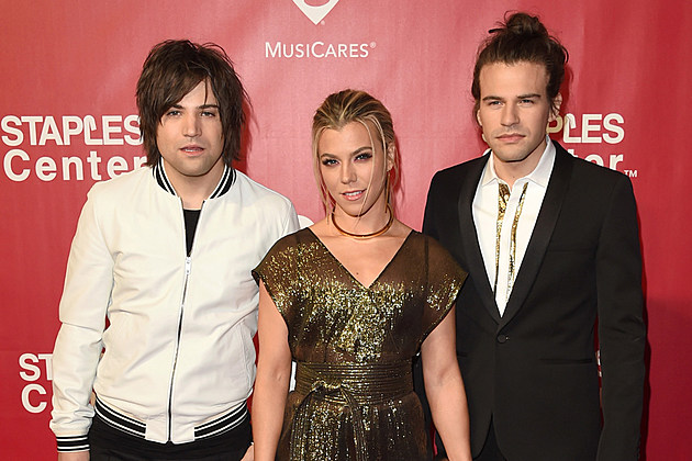 The Band Perry BMLG split