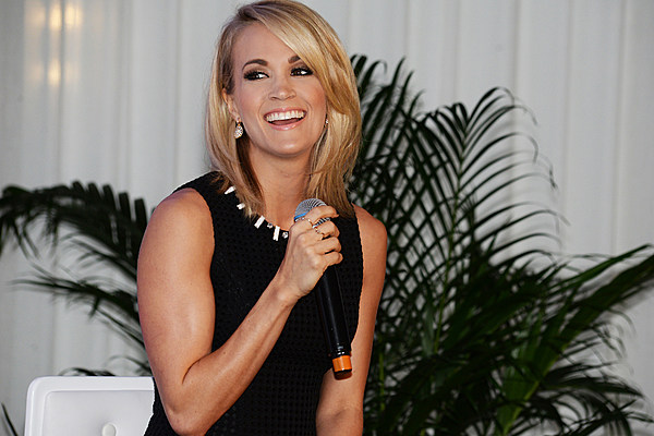 Carrie Underwood Reveals Why She Went With Mom Hair