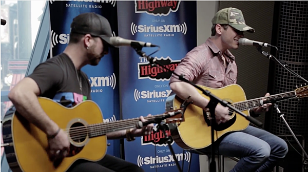 Granger Smith Covers Mayer S Slow Dancing In A Burning Room
