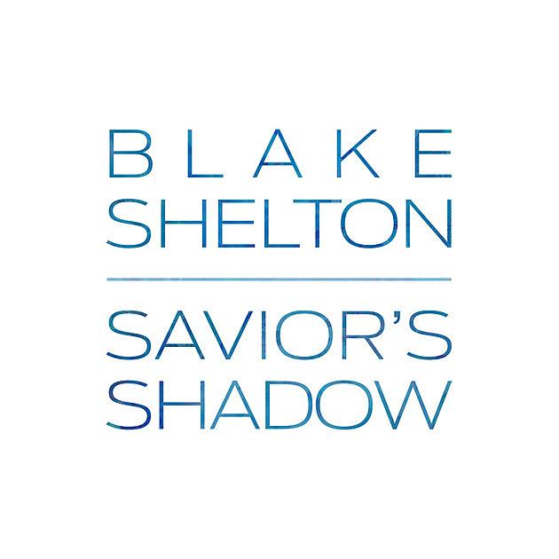Blake Shelton flirts with Gwen Stefani in front of Miranda Lambert