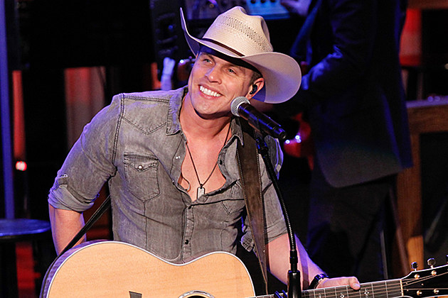 dustin-lynch-mind-reader-no-1