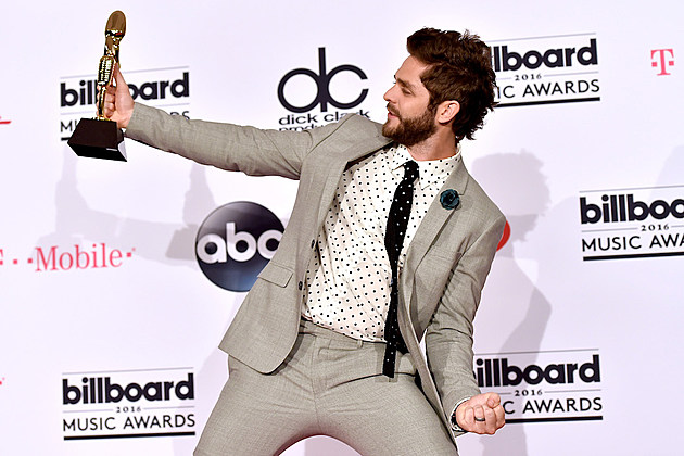 Thomas rhett s 39 happy man 39 named top country song at bbmas for How many country music awards are there