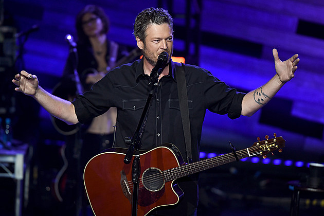 """shelton single girls The third single, hollaback girl, was particularly successful  gwen stefani  never """"acted like she's pregnant"""" with blake shelton's baby, despite report."""