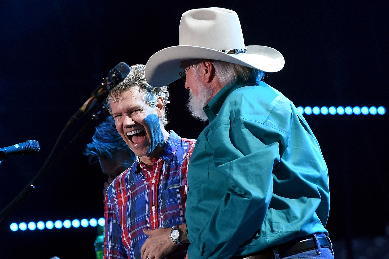 Randy Travis Receives Standing Ovation At Cma Fest