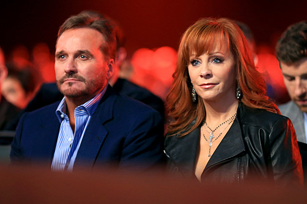 reba-mcentire-own-manager-not-her-choice