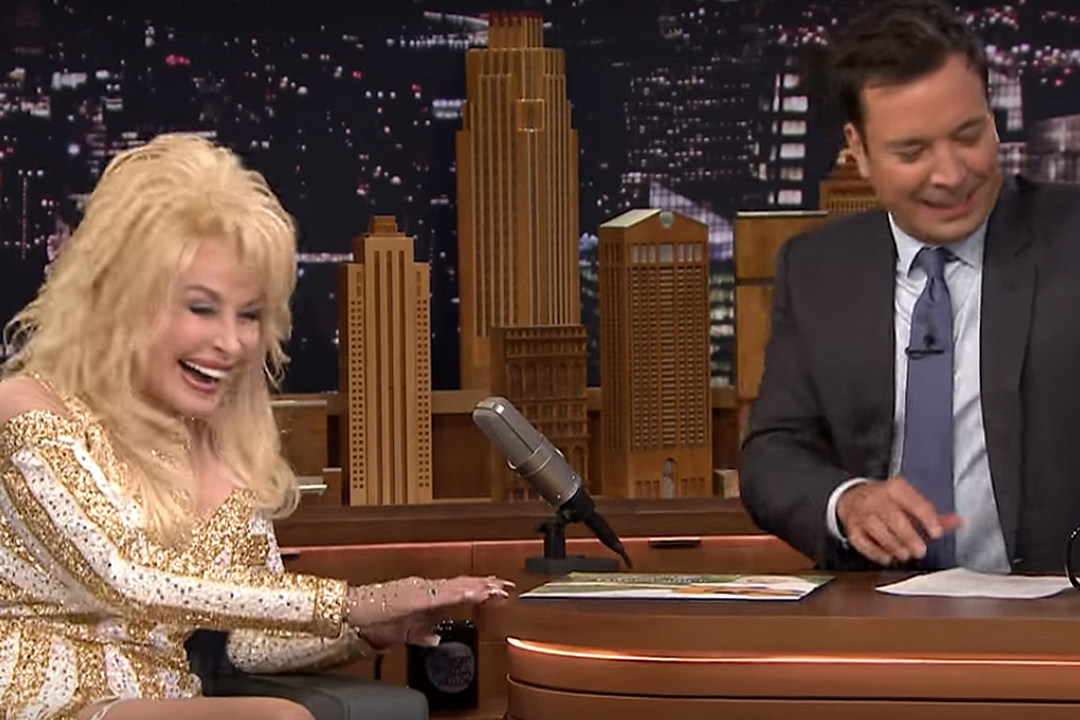 Dolly Parton Playing Hometown 'Ho' in New Film