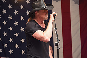 trace-adkins-country-stars-2016-elections