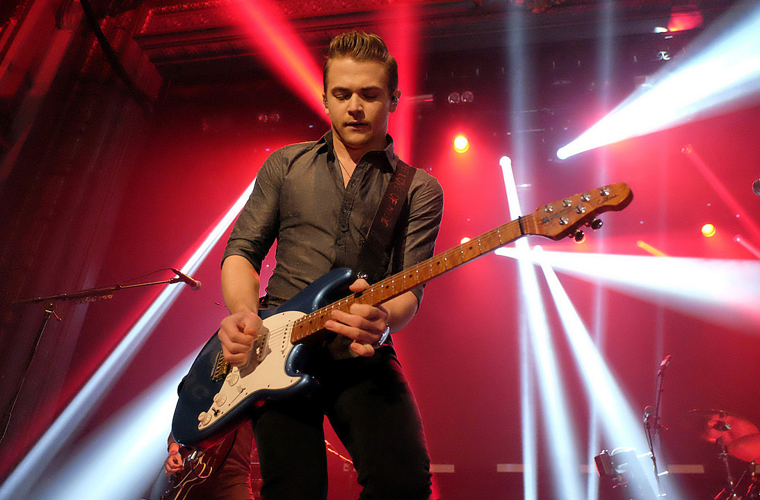 Hunter Hayes Shares Life On The Road In Amen Video