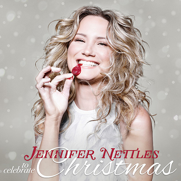 Jennifer Nettles Announces Christmas Album Details