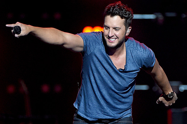 Here 39 S Your Chance To See Luke Bryan In New York City
