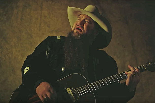 Sundance Head Darlin' Don't Go Video