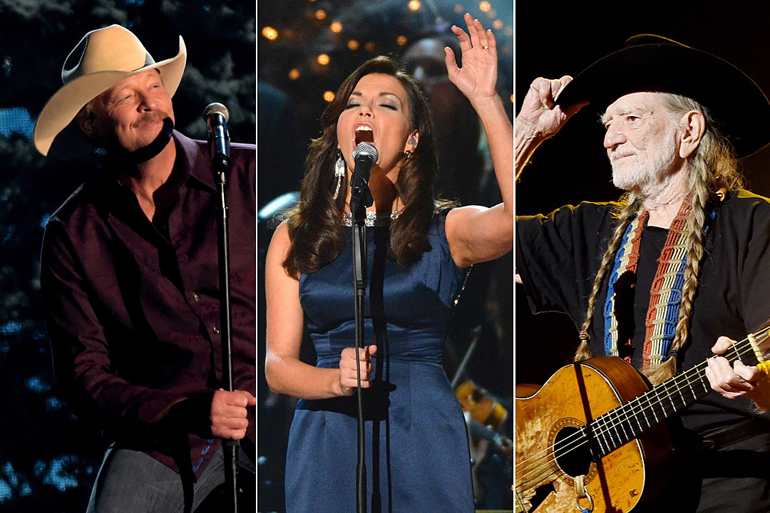 10 Best Traditional Christmas Songs in Country Music