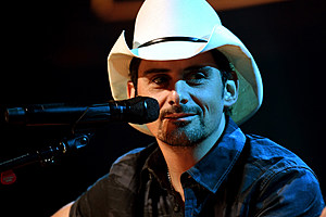 brad-paisley-love-and-war-release-date
