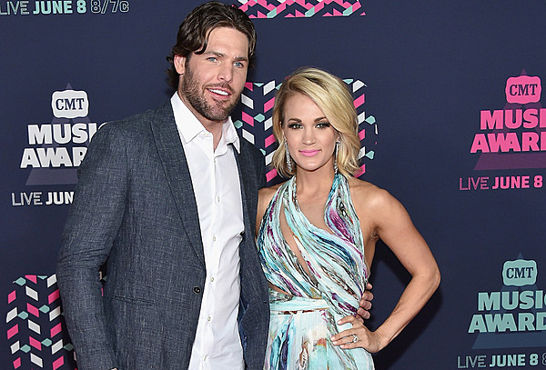 carrie underwood article on dating Carrie underwood posted pictures of herself and her 2-year-old son doing yoga together on wednesday.