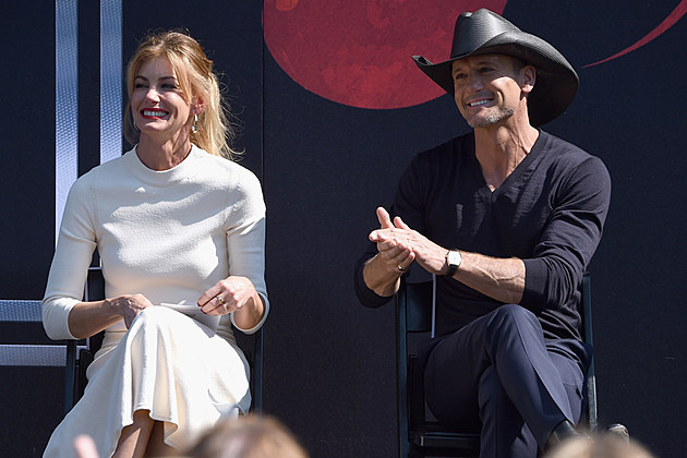 Tim mcgraw faith hill 39 s daughters have high christmas hopes for Do tim mcgraw and faith hill have kids