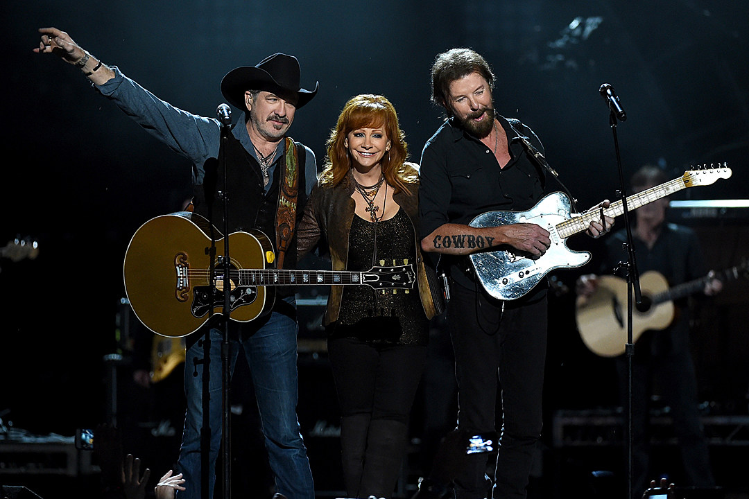Reba McEntire, Brooks & Dunn Extend Las Vegas Residency With More 2019 Dates