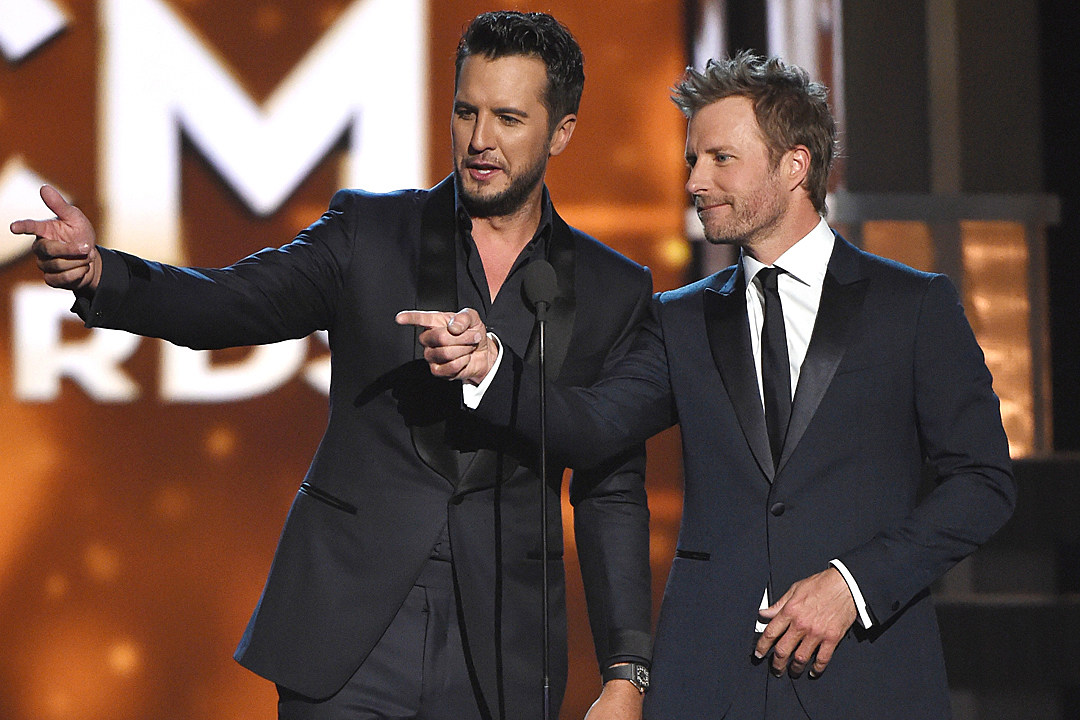 luke bryan dierks bentley 2017 acm awards hosts