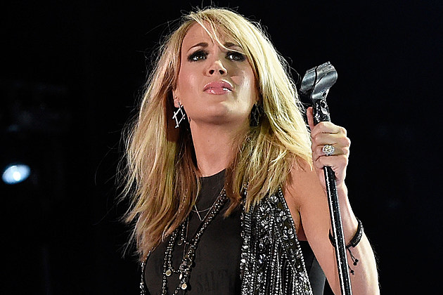 carrie underwood home damaged tennessee tornadoes