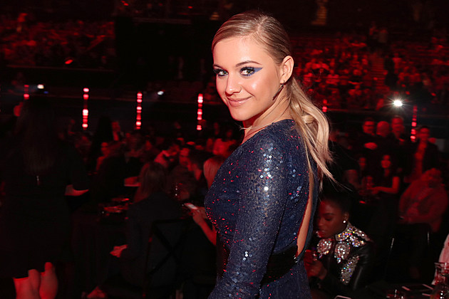 kelsea ballerini 2017 iheartradio music awards pictures