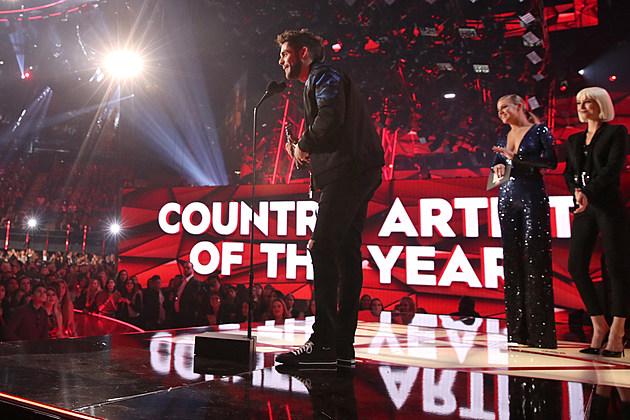 2017 iheartradio music awards  winners