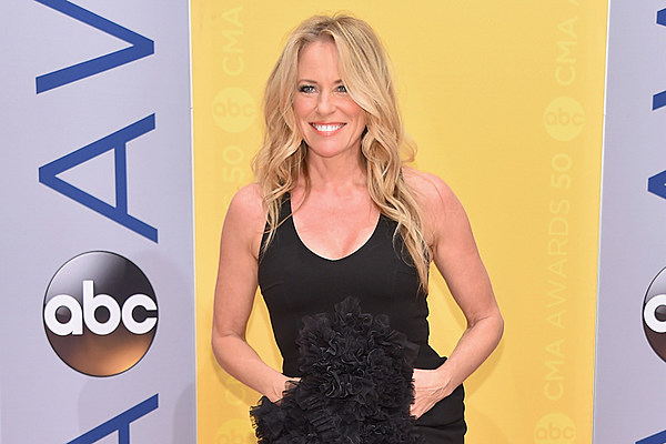 Deana Carter Interprets Did I Shave Differently Now