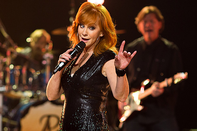 Reba-McEntire-Chooses-Stories-Over-Reality-TV