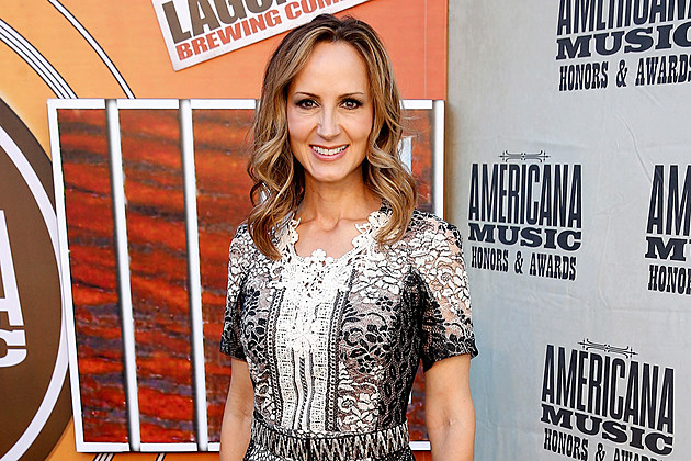 Chely-Wright-Doctorate