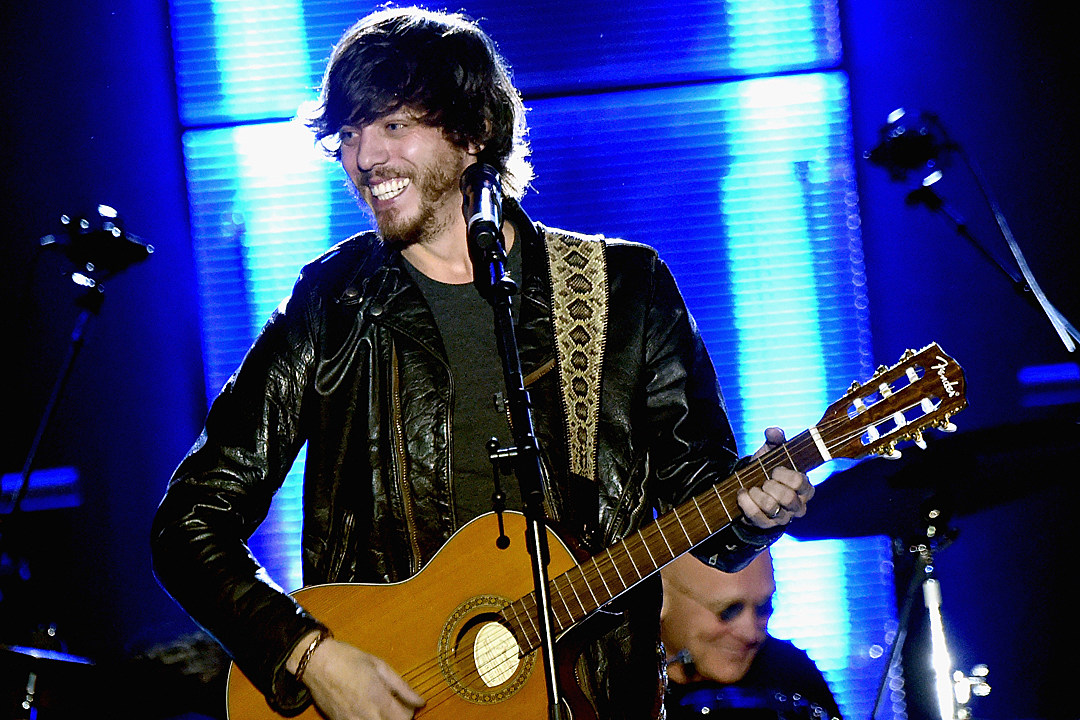 chris-janson-fix-a-drink-taste-of-country-nights-interview