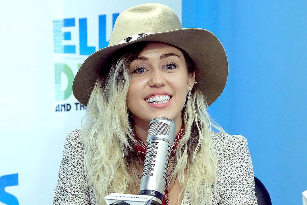 Watch Miley Cyrus Perform