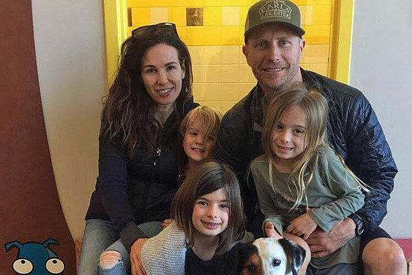 Dierks Bentley S Three Year Old Son Suffers A Broken Arm