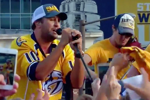 Luke Bryan Kicks Off Stanley Cup Game 6 With Rooftop Show