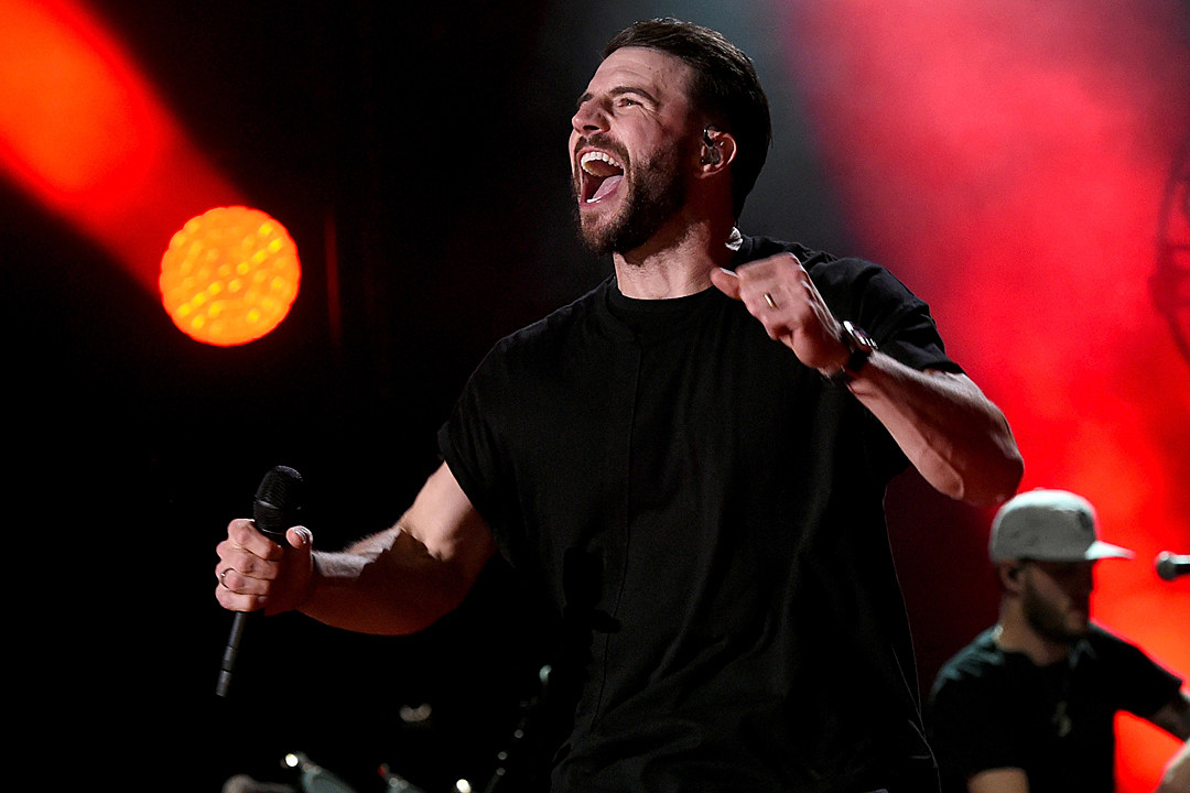 sam-hunt-2018-taste-of-country-festival