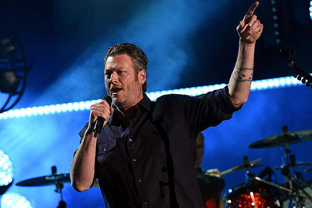 Blake Shelton Now Has A Double Dozen No 1 Singles