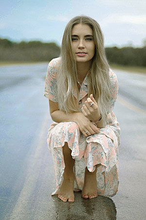 Chloe-Gilligan-Let the Girls Play