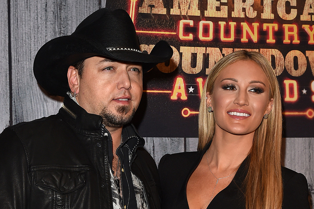 Jason Aldean's Wife Shares Sweet Baby Bump Photo With Other 'Babies'