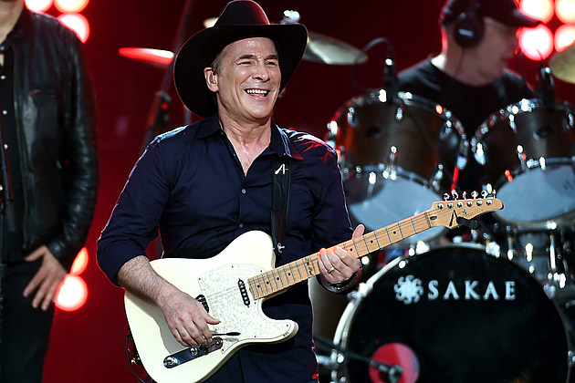 clint-black-tour-bus-stopped-by-police