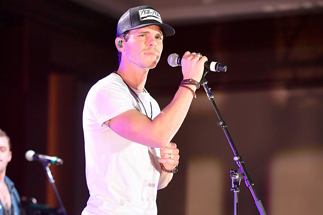 Granger smith confronts twitter scammers ripping off fans m4hsunfo